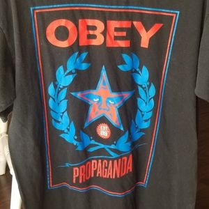 Men's Large Obey Propaganda T Shirt